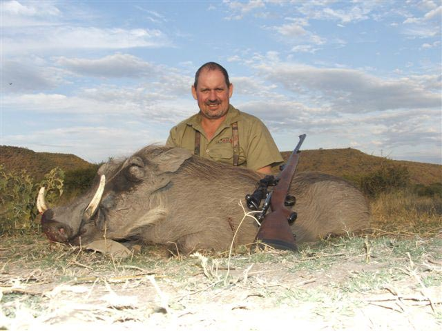 Mr John Murdoch And Warthog One Shot Kill With FN Mauser And Woodleigh 366 286gr Weldcore Protected Point Soft Nose Bullet